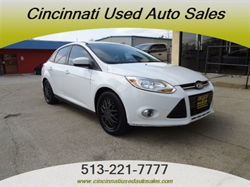 2012 Ford Focus SE - Photo 1 - Cincinnati, OH 45255