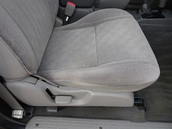 2004 Toyota Tacoma V6 4dr Double Cab - Photo 21 - Cincinnati, OH 45255