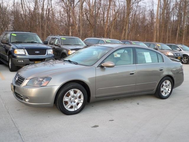 ... 2005 Nissan Altima 2.5 S   Photo 3   Cincinnati, OH 45255 ...
