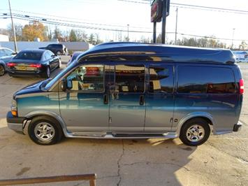 2005 Chevrolet Express Southern Comfort - Photo 17 - Cincinnati, OH 45255