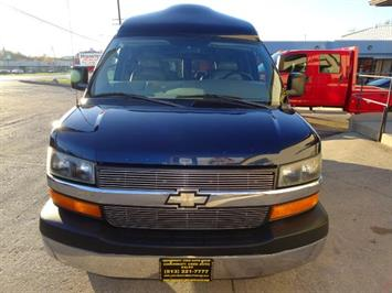 2005 Chevrolet Express Southern Comfort - Photo 19 - Cincinnati, OH 45255