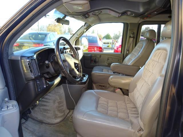 2005 Chevrolet Express Southern Comfort - Photo 4 - Cincinnati, OH 45255