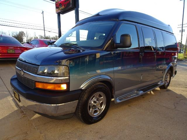 2005 Chevrolet Express Southern Comfort - Photo 16 - Cincinnati, OH 45255