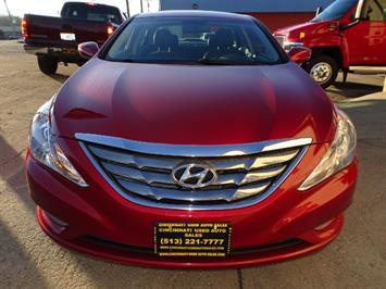 2011 Hyundai Sonata SE 2.0T - Photo 2 - Cincinnati, OH 45255