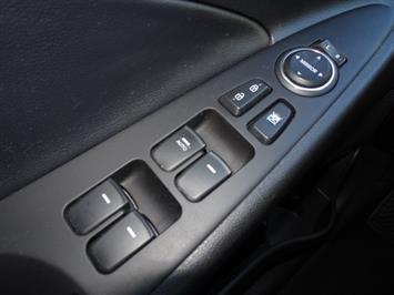 2011 Hyundai Sonata SE 2.0T - Photo 21 - Cincinnati, OH 45255