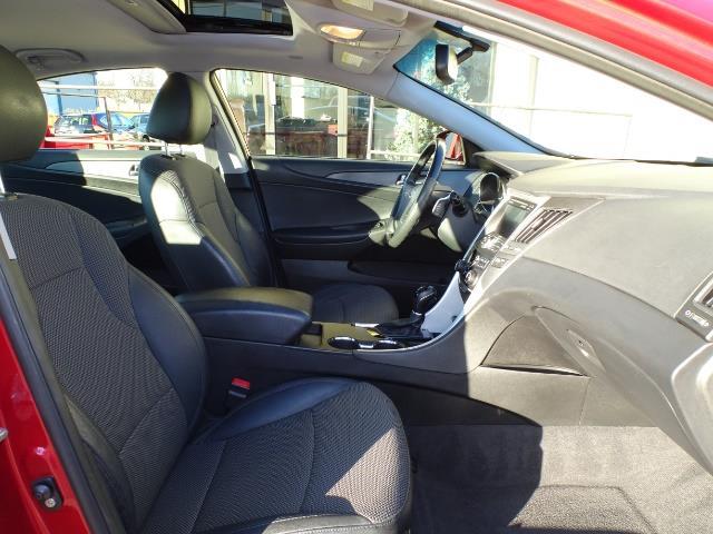 2011 Hyundai Sonata SE 2.0T - Photo 13 - Cincinnati, OH 45255