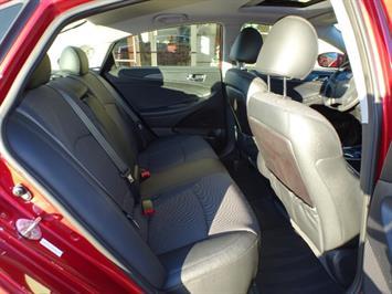 2011 Hyundai Sonata SE 2.0T - Photo 14 - Cincinnati, OH 45255