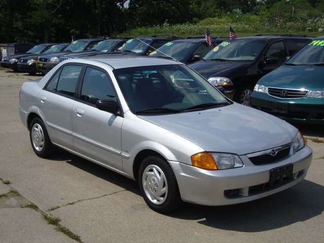 2000 Mazda Protege Dx Photo 1 Cincinnati Oh 45255