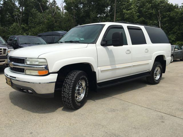 2005 Chevrolet Suburban 2500 LT - Photo 11 - Cincinnati, OH 45255