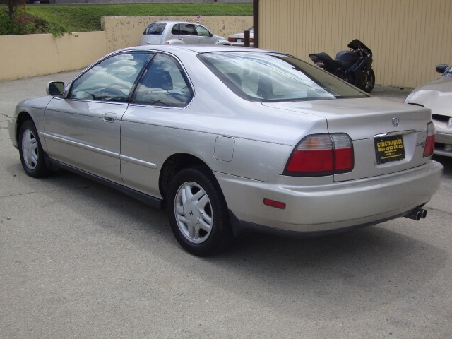... 1996 Honda Accord EX   Photo 4   Cincinnati, OH 45255 ...