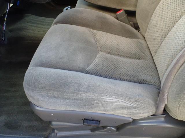 2006 Chevrolet Silverado 2500 LS LS 2dr Regular Cab - Photo 22 - Cincinnati, OH 45255