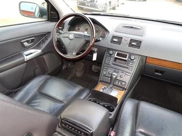 2006 Volvo XC90 V8 - Photo 13 - Cincinnati, OH 45255
