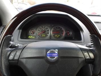 2006 Volvo XC90 V8 - Photo 16 - Cincinnati, OH 45255