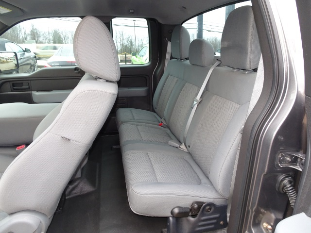 2011 Ford F-150 STX - Photo 8 - Cincinnati, OH 45255