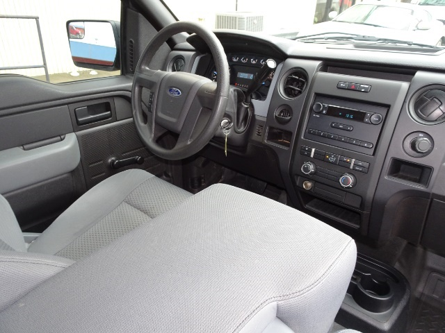 2011 Ford F-150 STX - Photo 12 - Cincinnati, OH 45255