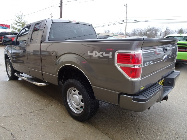 2011 Ford F-150 STX - Photo 11 - Cincinnati, OH 45255