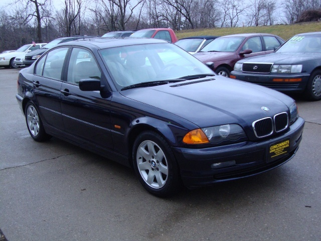 1999 bmw 323i for sale in cincinnati oh stock 10119. Black Bedroom Furniture Sets. Home Design Ideas