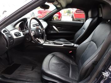 2006 BMW Z4 3.0i - Photo 7 - Cincinnati, OH 45255
