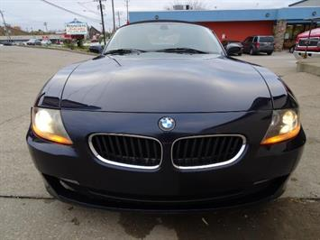 2006 BMW Z4 3.0i - Photo 2 - Cincinnati, OH 45255
