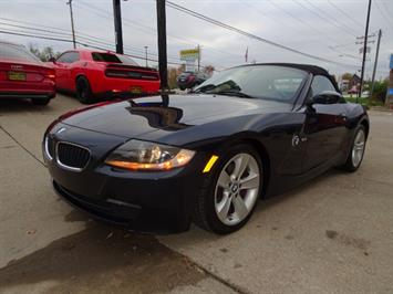2006 BMW Z4 3.0i - Photo 9 - Cincinnati, OH 45255
