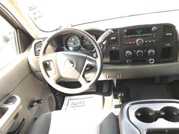2007 Chevrolet Silverado 1500 LS 4dr Extended Cab - Photo 7 - Cincinnati, OH 45255