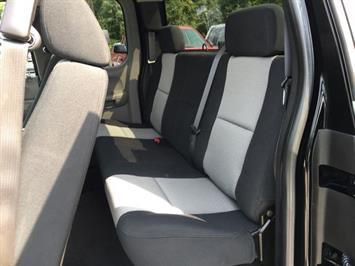 2007 Chevrolet Silverado 1500 LS 4dr Extended Cab - Photo 11 - Cincinnati, OH 45255