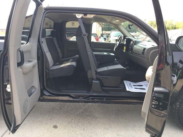 2007 Chevrolet Silverado 1500 LS 4dr Extended Cab - Photo 22 - Cincinnati, OH 45255