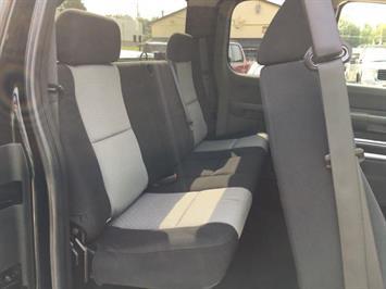 2007 Chevrolet Silverado 1500 LS 4dr Extended Cab - Photo 9 - Cincinnati, OH 45255