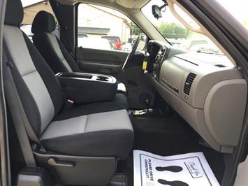 2007 Chevrolet Silverado 1500 LS 4dr Extended Cab - Photo 8 - Cincinnati, OH 45255