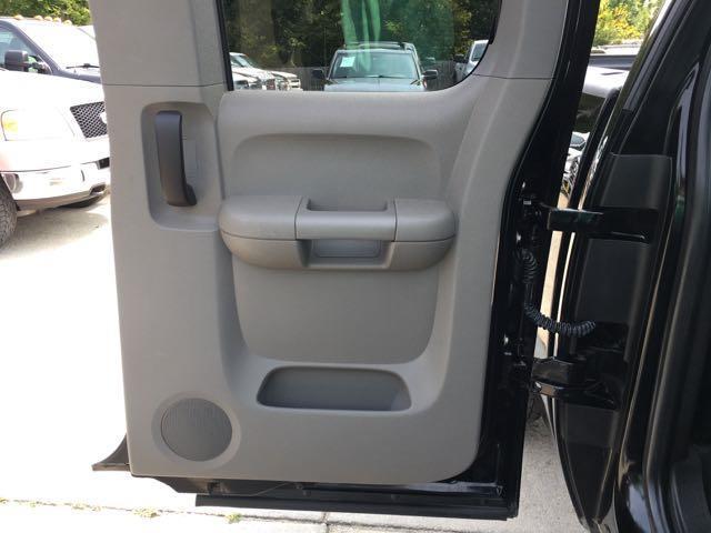 2007 Chevrolet Silverado 1500 LS 4dr Extended Cab - Photo 20 - Cincinnati, OH 45255