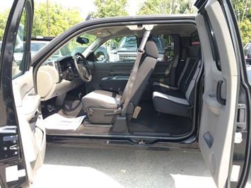 2007 Chevrolet Silverado 1500 LS 4dr Extended Cab - Photo 23 - Cincinnati, OH 45255