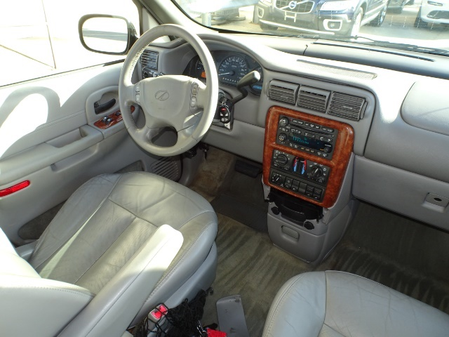 2002 Oldsmobile Silhouette GLS - Photo 12 - Cincinnati, OH 45255