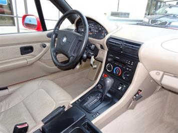 1997 BMW Z3 1.9 - Photo 13 - Cincinnati, OH 45255