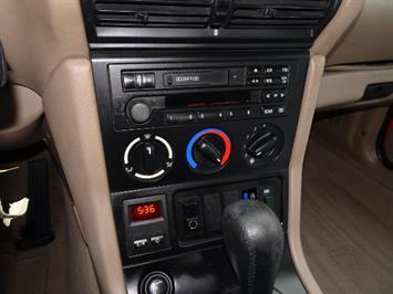 1997 BMW Z3 1.9 - Photo 18 - Cincinnati, OH 45255