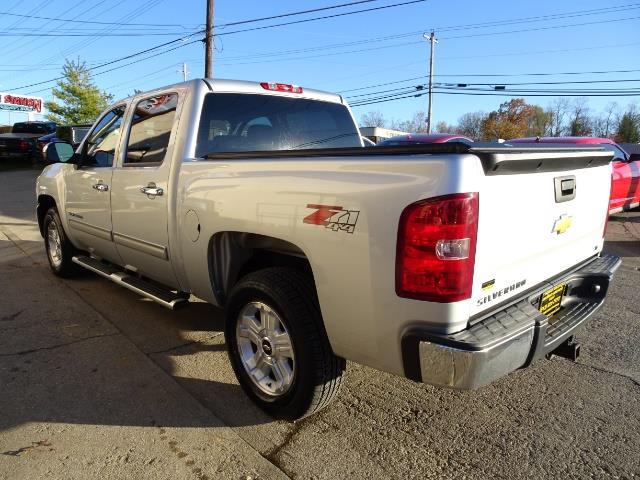 2012 Chevrolet Silverado 1500 LT - Photo 11 - Cincinnati, OH 45255