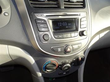 2016 Hyundai Accent SE - Photo 18 - Cincinnati, OH 45255