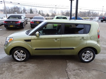 2011 Kia Soul + - Photo 10 - Cincinnati, OH 45255
