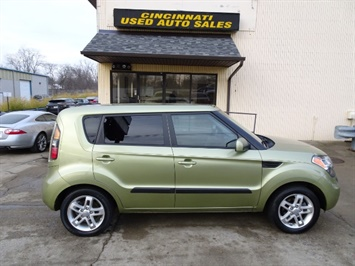 2011 Kia Soul + - Photo 3 - Cincinnati, OH 45255