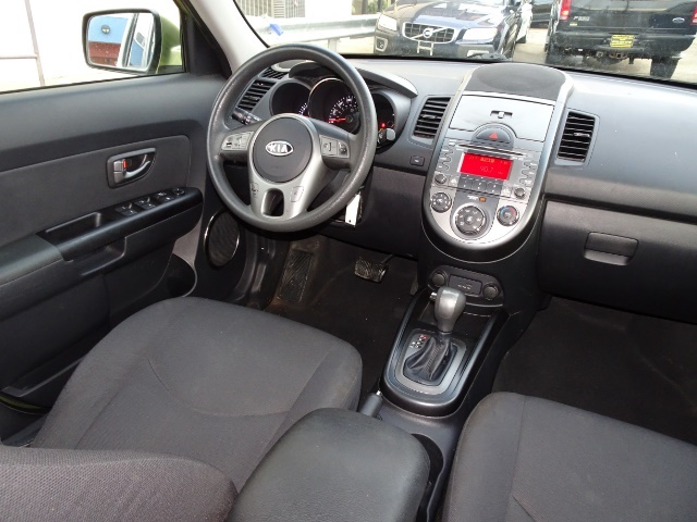 2011 Kia Soul + - Photo 6 - Cincinnati, OH 45255