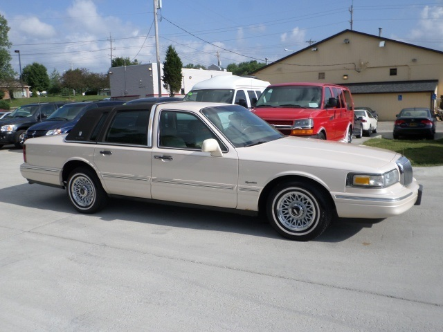 1997 Lincoln Town Car Signature For Sale In Cincinnati Oh Stock