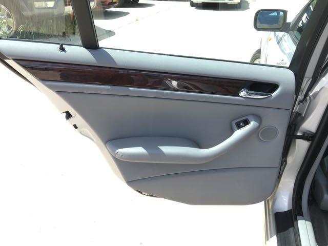 2002 BMW 325xi - Photo 22 - Cincinnati, OH 45255