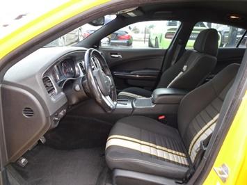 2012 Dodge Charger SRT8 Super Bee - Photo 7 - Cincinnati, OH 45255