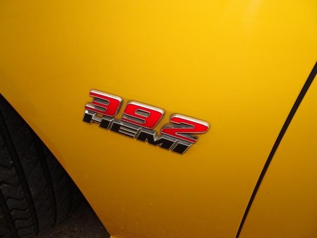 2012 Dodge Charger SRT8 Super Bee - Photo 18 - Cincinnati, OH 45255