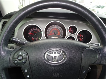 2010 Toyota Tundra Grade - Photo 15 - Cincinnati, OH 45255