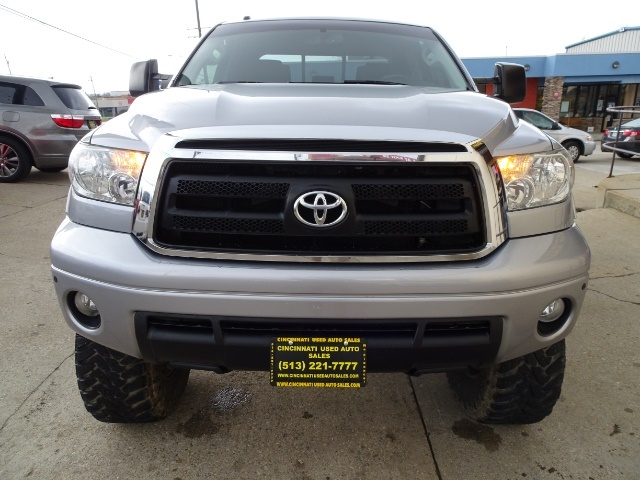 2010 Toyota Tundra Grade - Photo 2 - Cincinnati, OH 45255