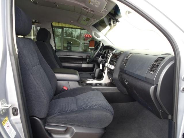 2010 Toyota Tundra Grade - Photo 13 - Cincinnati, OH 45255