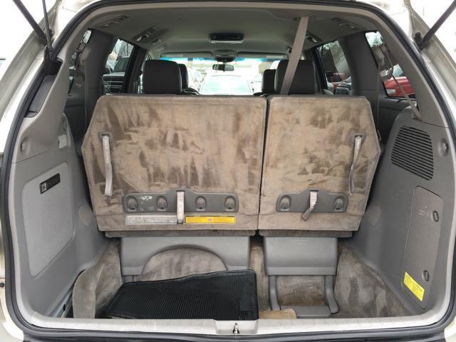 2006 Toyota Sienna XLE 7 Passenger - Photo 25 - Cincinnati, OH 45255