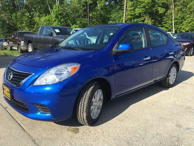 2012 Nissan Versa 1.6 SV - Photo 10 - Cincinnati, OH 45255