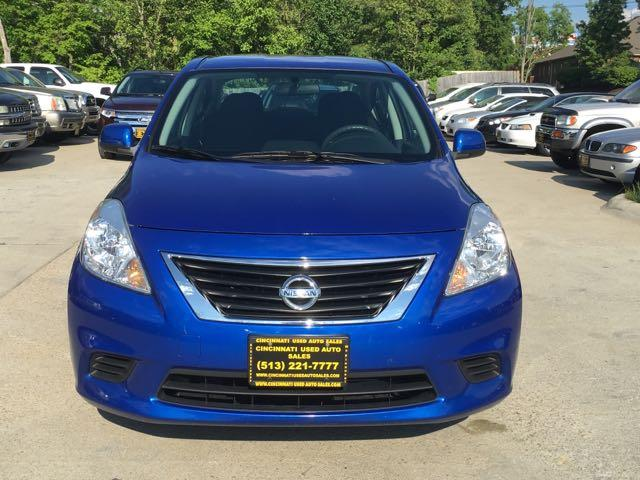 2012 Nissan Versa 1.6 SV - Photo 2 - Cincinnati, OH 45255