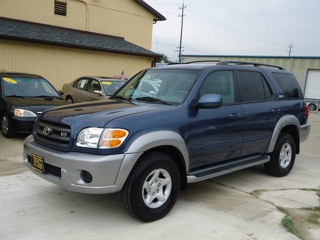 2001 toyota sequoia sr5 for sale in cincinnati oh stock 11014. Black Bedroom Furniture Sets. Home Design Ideas